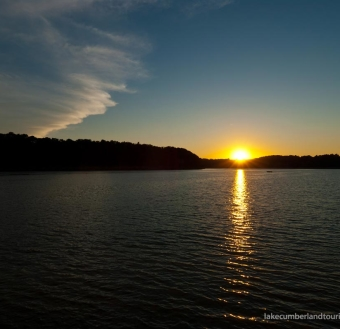 lakeSunset_1100_1CX5934